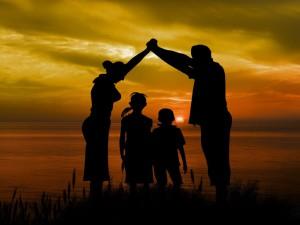 family-1466262_1920-1024x768