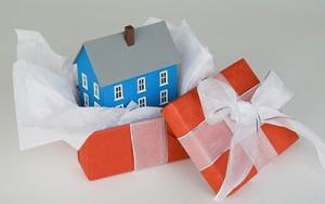 Дача в подарок для родственников – как это оформить