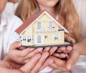 Можно ли на материнский капитал приобретать квартиру у родственников