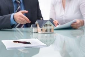 Сделка с продажей квартиры: оформление договора