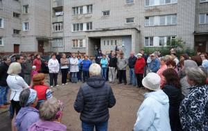 собрание-против-ТЦ-в-Чепецке