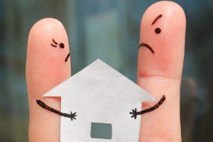 Можно ли продать долю в квартире и как это сделать