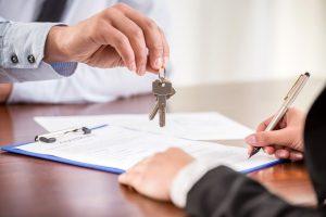 Надо ли платить налог при продаже квартиры